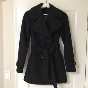 Women's size 4 Lululemon Black trench coat